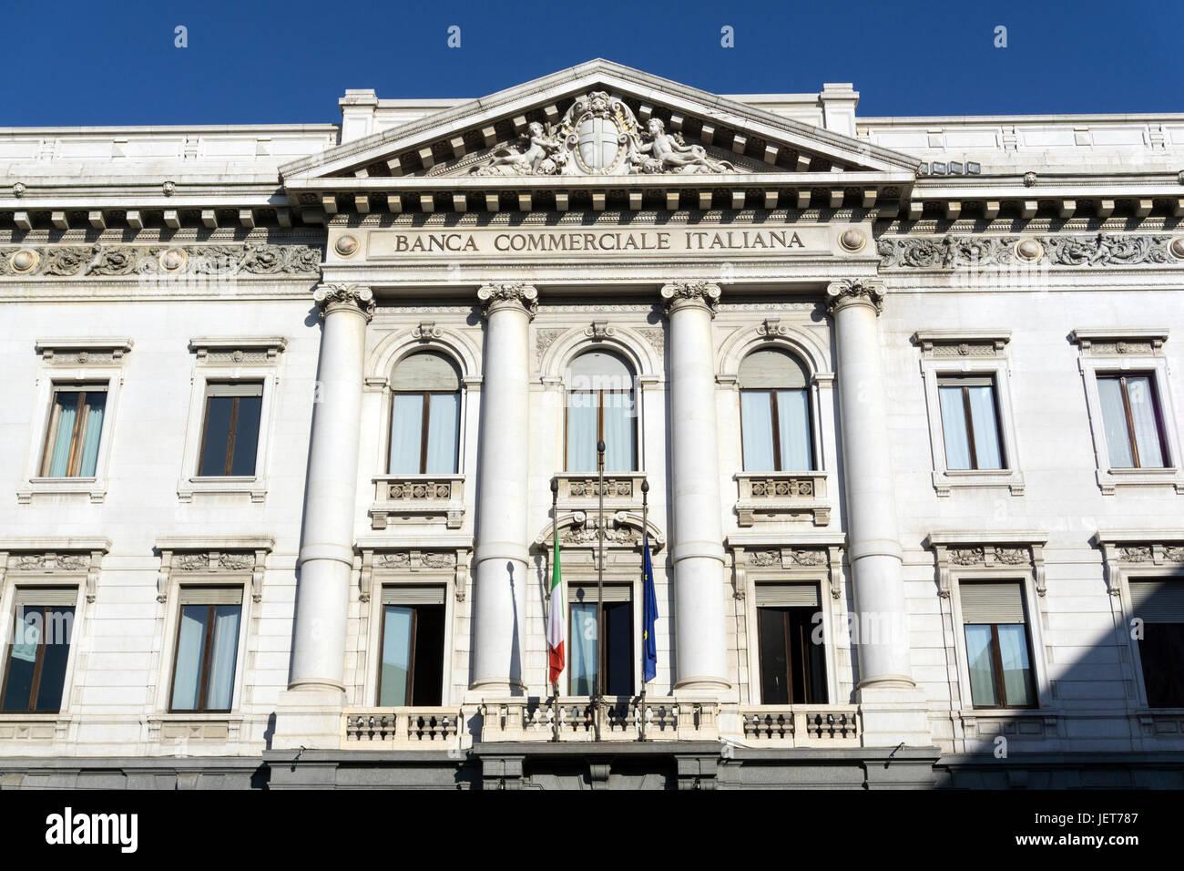 Italia, Lombardía, Milán, Banca Commerciale Italiana en la Piazza della Scala. Imagen De Stock