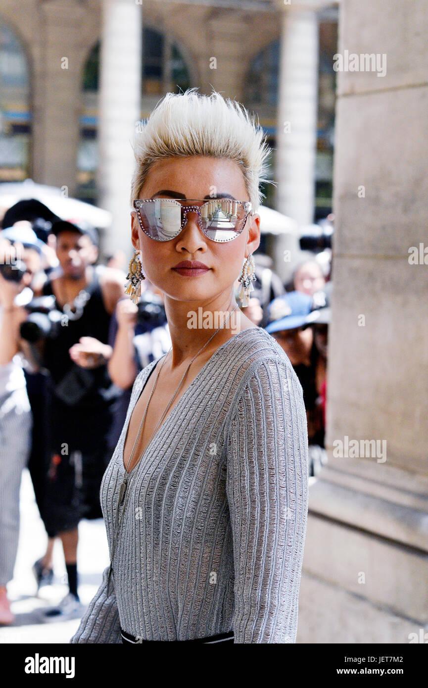 En la Copa Louis Vuitton, Semana de la moda de París Hombres 2017-2018, el Palais Royal, París, Francia Foto de stock