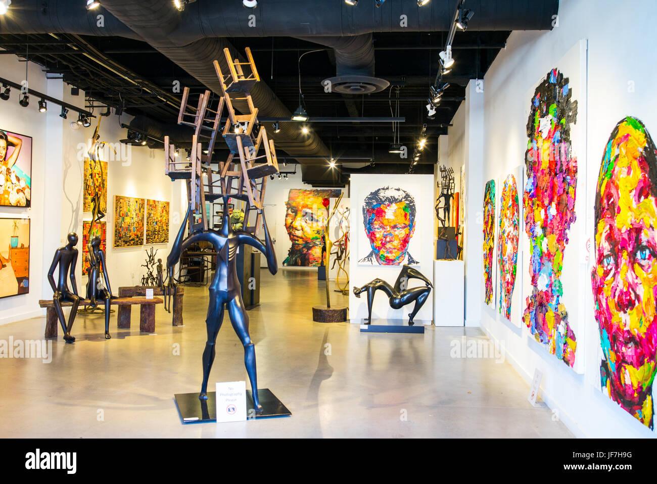 San Francisco, EE.UU., una exposición de arte moderno en la zona de Fisherman's Wharf Foto de stock