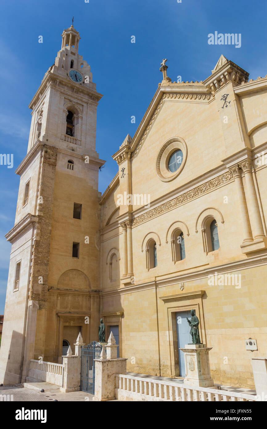 Basílica de Santa Maria en la plaza central de Xativa, España Imagen De Stock