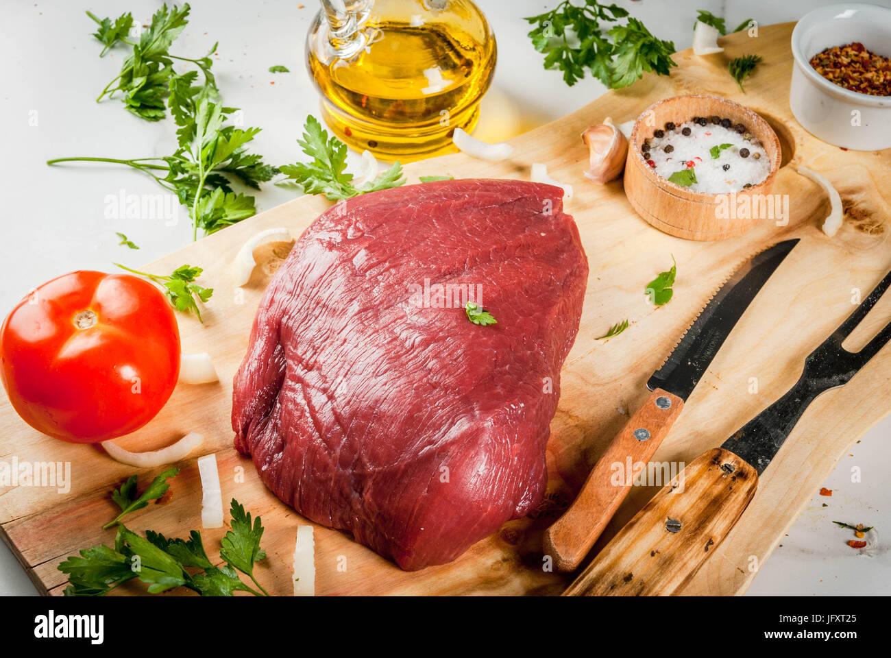 Fillet im genes de stock fillet fotos de stock alamy for Cocinar filetes de ternera
