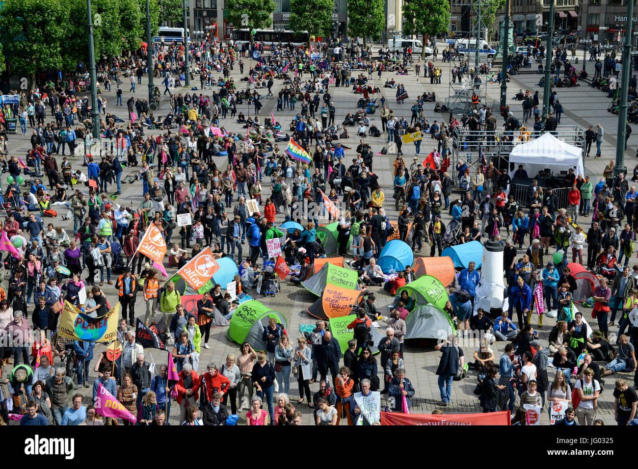 Hamburgo, Alemania. 02Nd Julio, 2017. reunión de protesta contra la cumbre del G-20 en julio de 2017 / Alemania, Imagen De Stock