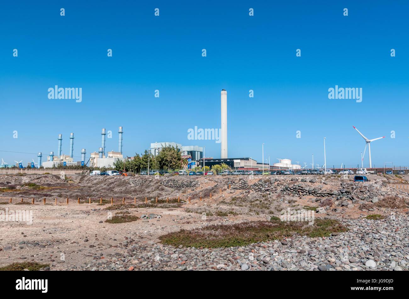 Vista exterior de la planta de energía térmica Barranco de Tirajana en Gran Canaria, Islas Canarias, España Imagen De Stock