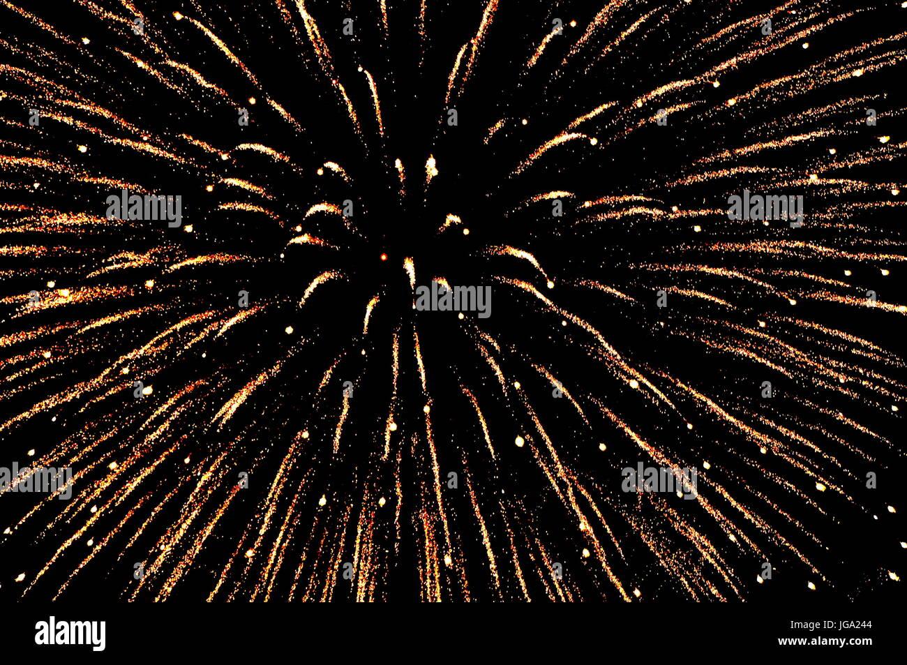 Brillantes antecedentes de Fireworks Foto de stock