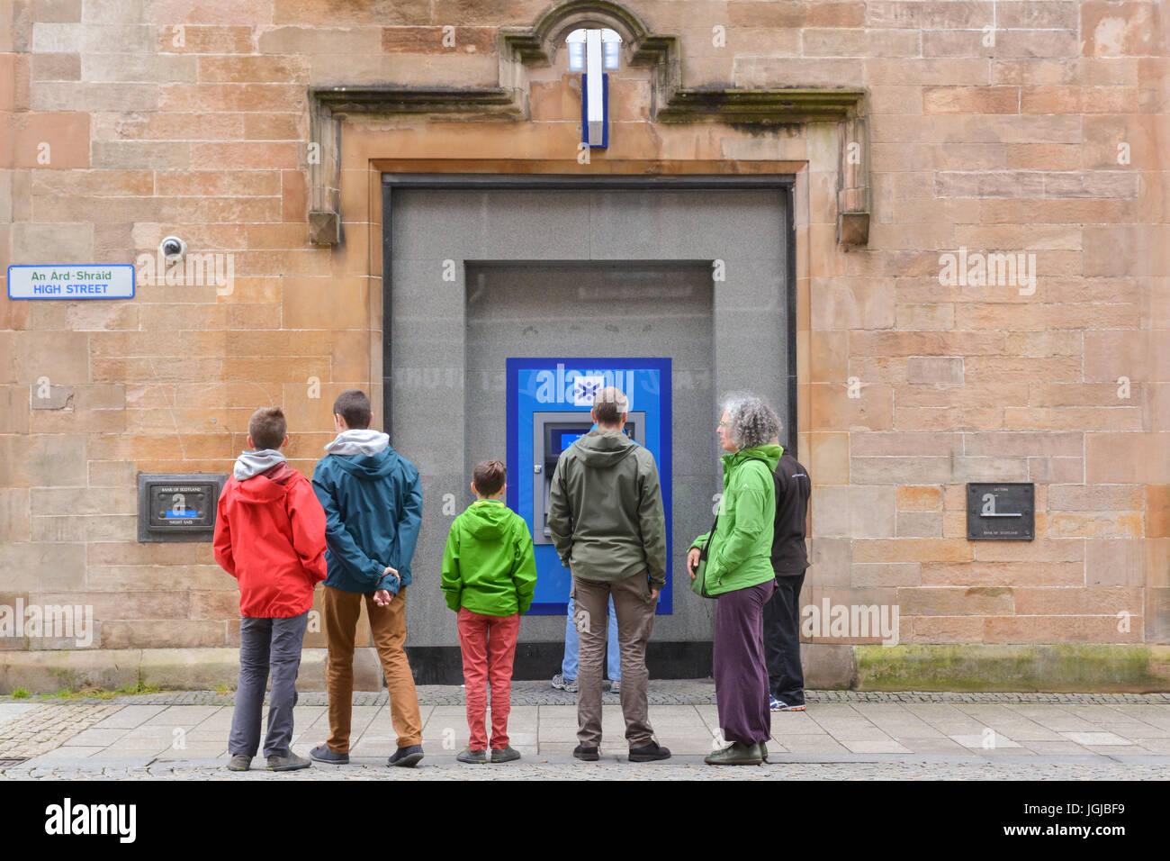 Bank of Scotland cajero dispensador, Fort William, en Escocia, Reino Unido Imagen De Stock