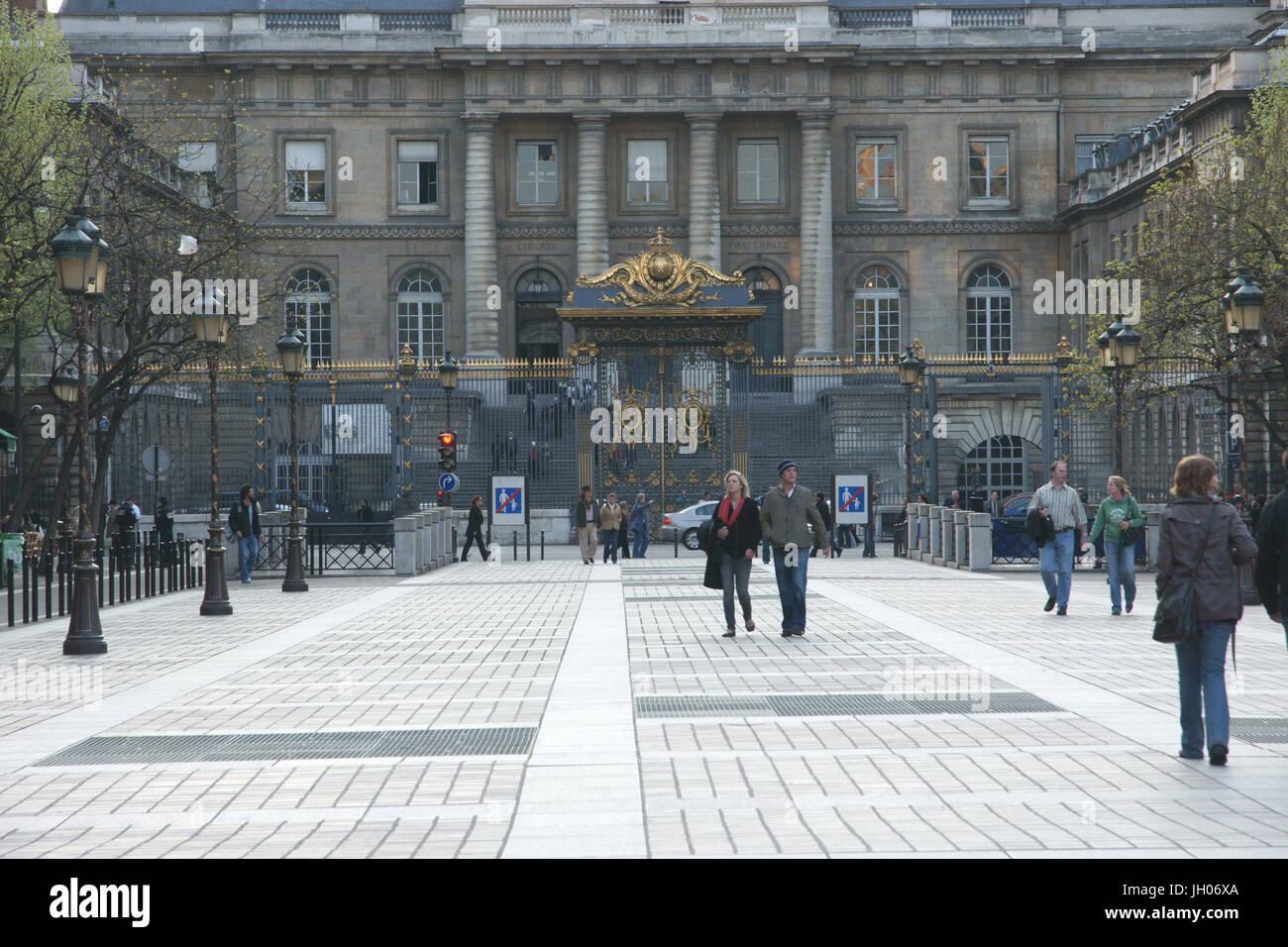 Ciudad, Plaza, el Palacio de Justicia, la ue de Lutèce, 4ème arrondissement, (75004), Paris, Francia Imagen De Stock