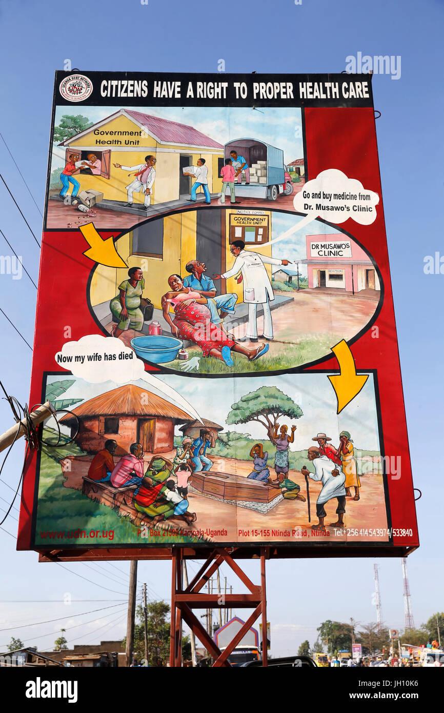 Señal de carretera : Los ciudadanos tienen derecho a una atención de salud adecuada. Uganda. Imagen De Stock