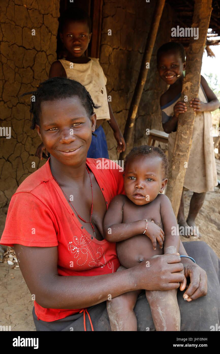 Los aldeanos de Uganda. Uganda. Imagen De Stock