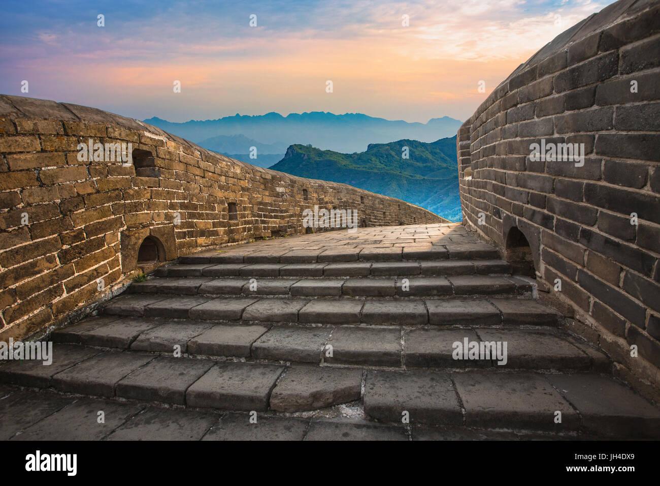 Tour caminando Jinshanling,Gran Muralla,Hebei, China Foto de stock