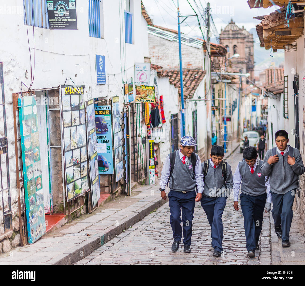Streets Cusco Peru Imágenes De Stock   Streets Cusco Peru Fotos De ... 10f56a50847