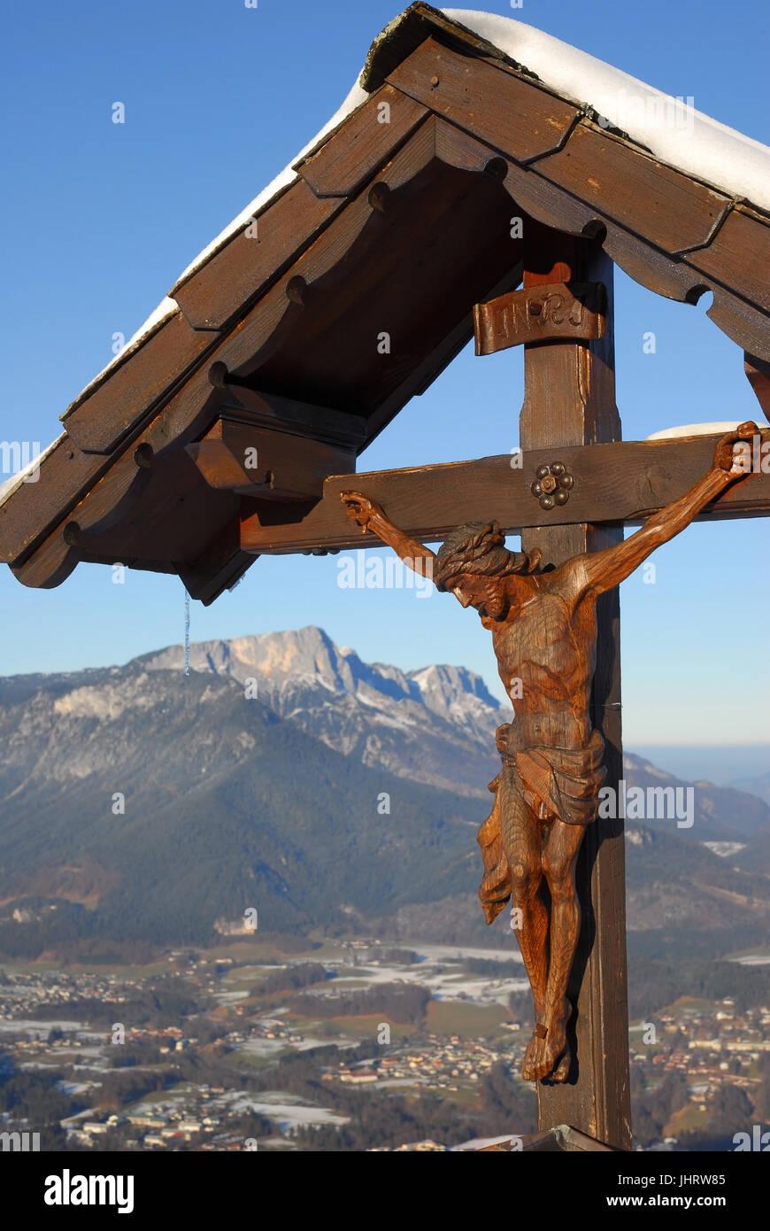 Camino del Calvario, el hombre Dios la cruz - la cruz de Jesús, Herrgottkreuz Jesuskreuz Wegkreuz - - Foto de stock