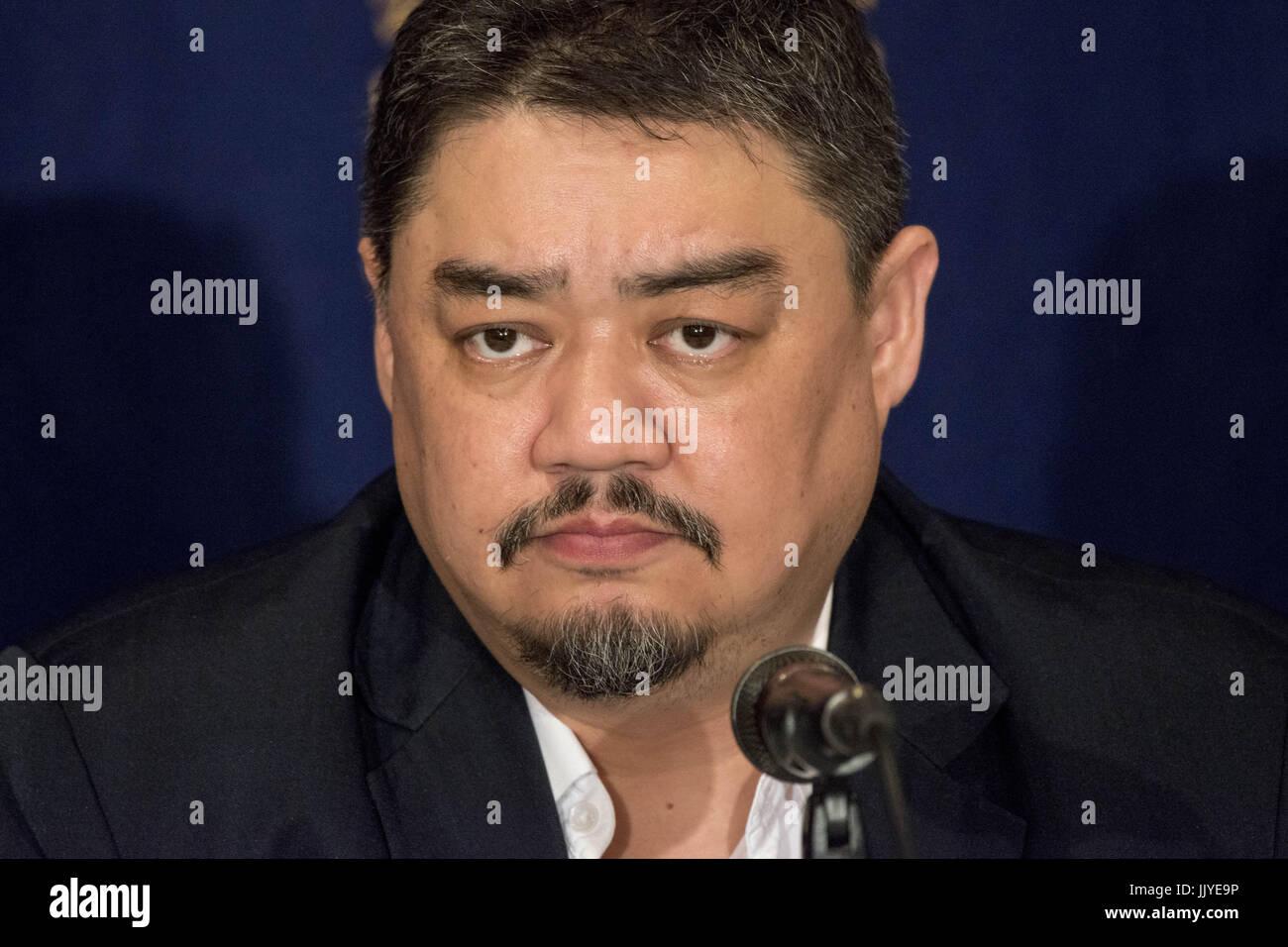 Tokyo, Tokio, Japón. 21 de julio de 2017. Nos'er Kaixi, RFS miembro emérito habla durante una conferencia de prensa Foto de stock