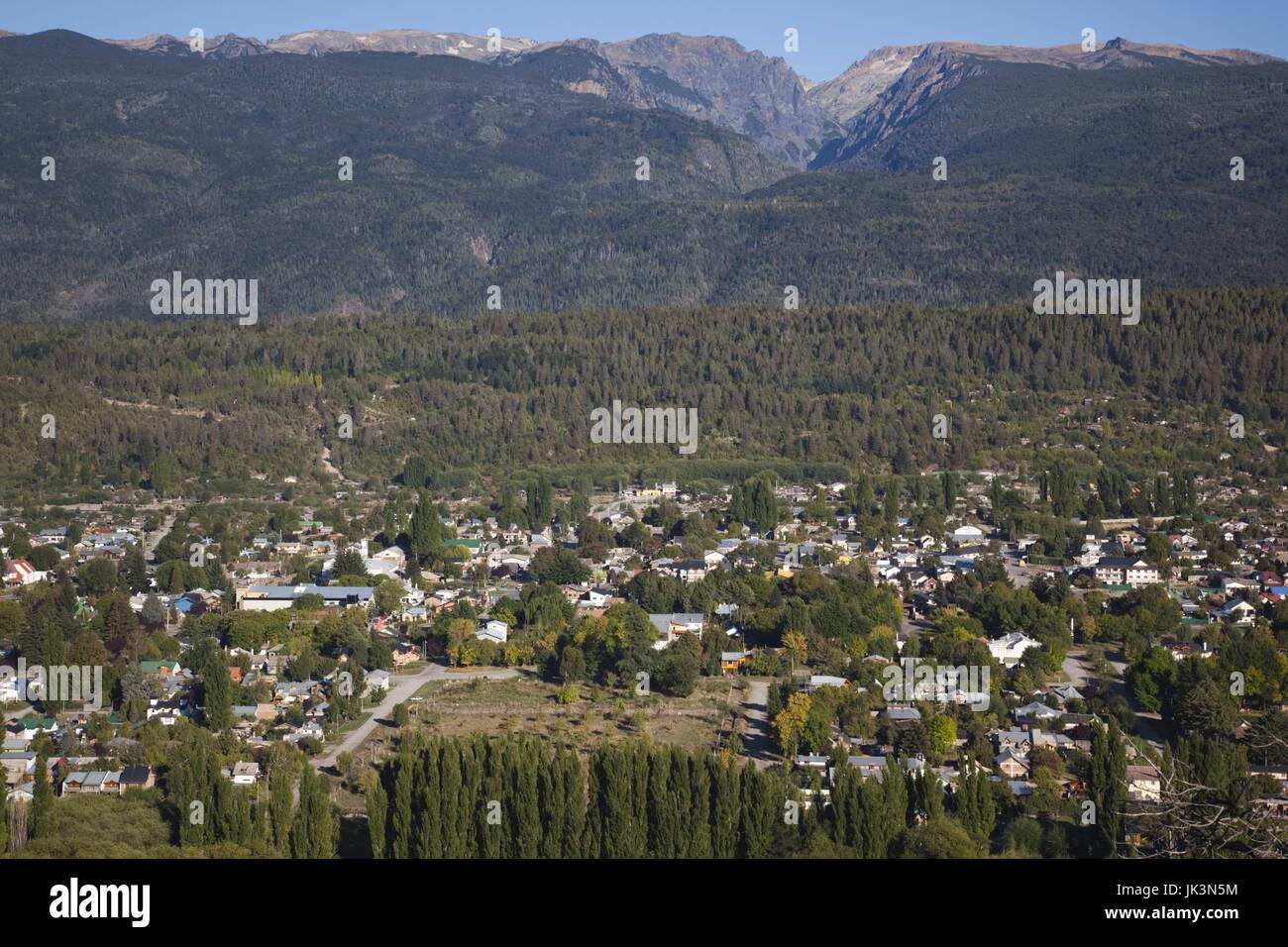 Argentina, Provincia de Río Negro, Lake District, El Bolsón, ciudad de Cerro Amigo hill Imagen De Stock