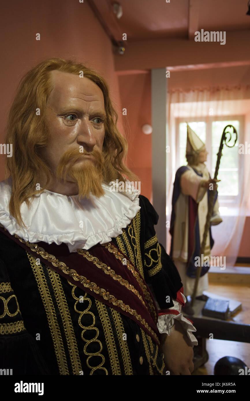Letonia, al noreste de Letonia, Vidzeme, Región Costa Dunte, Break del Barón Karl von Munchausen, galería de famosos letones, estatua de Duke Jacob de Curlandia, 1610-1682 Foto de stock