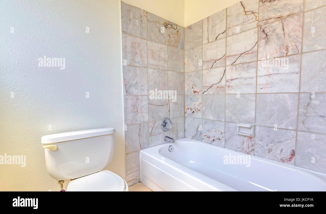 Hogares modelo siempre lucir bonitos cuartos de baño con diseño ...