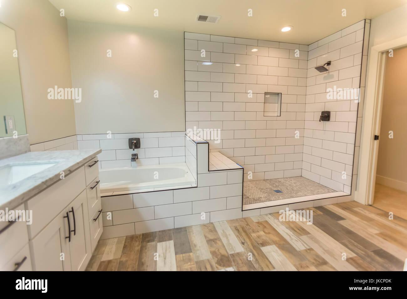Hogares modelo siempre lucir bonitos cuartos de baño con ...
