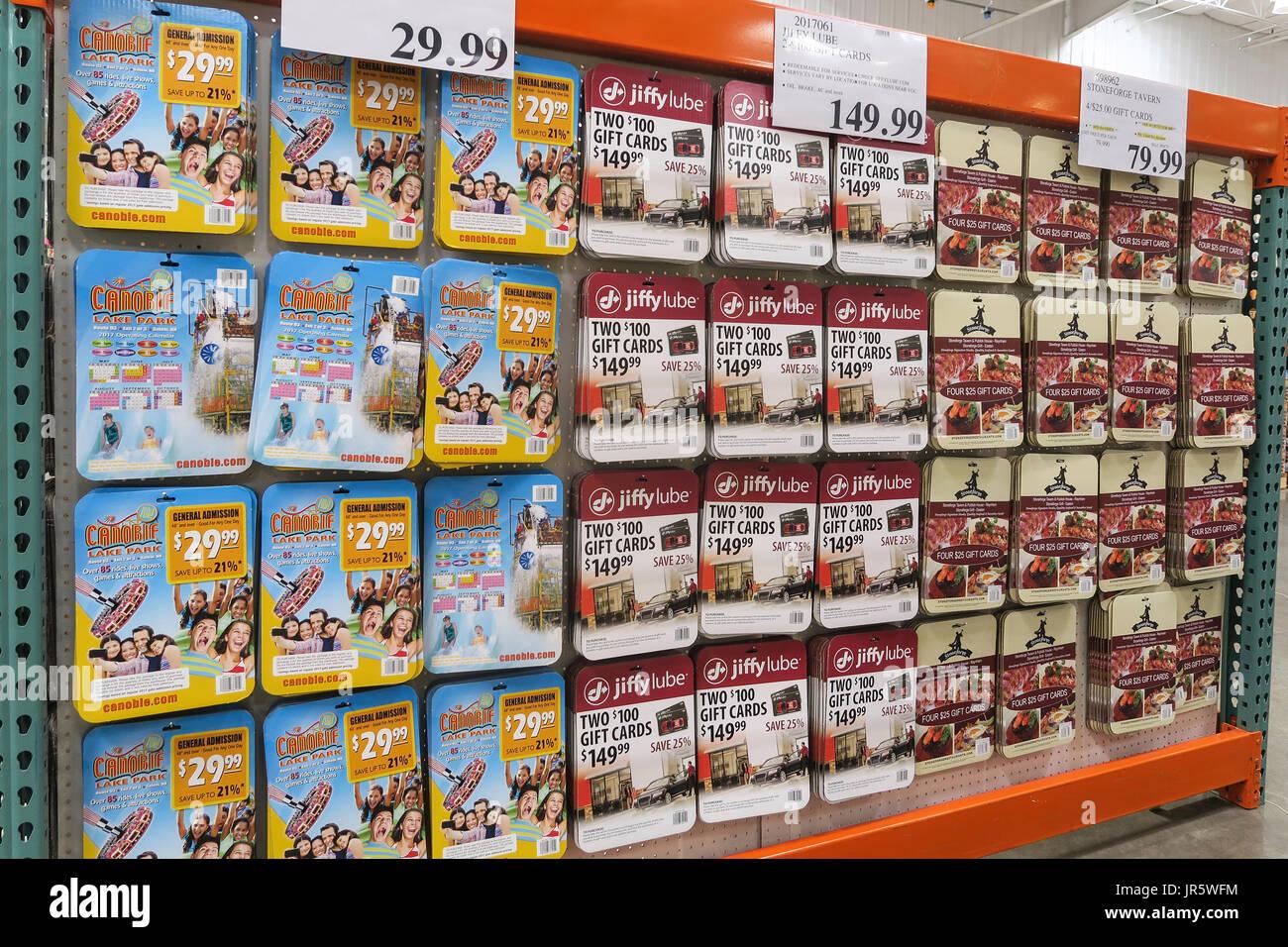 las tarjetas de regalo prepagadas mostrar en costco wholesale store ee uu foto imagen de. Black Bedroom Furniture Sets. Home Design Ideas