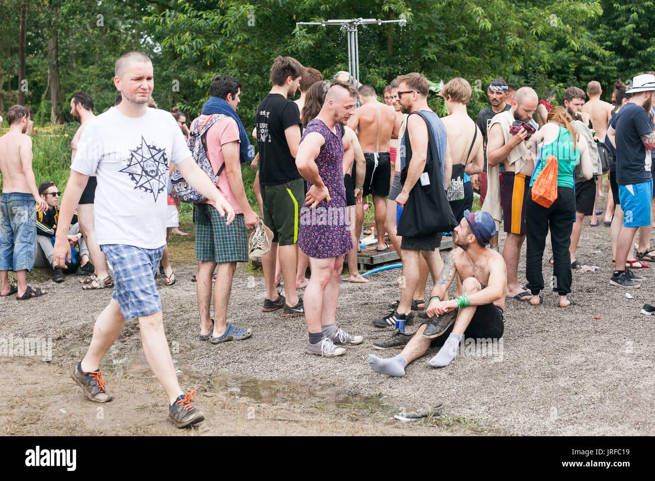 Kostrzyn nad Odra, 4º de agosto de 2017 Polonia Polonia Festival de Woodstock es el mayor festival de música en Polonia. Cada año atrae a Kostrzyn alrededor de 200 mil personas. Magda Pasiewicz/Alamy Live News Imagen De Stock