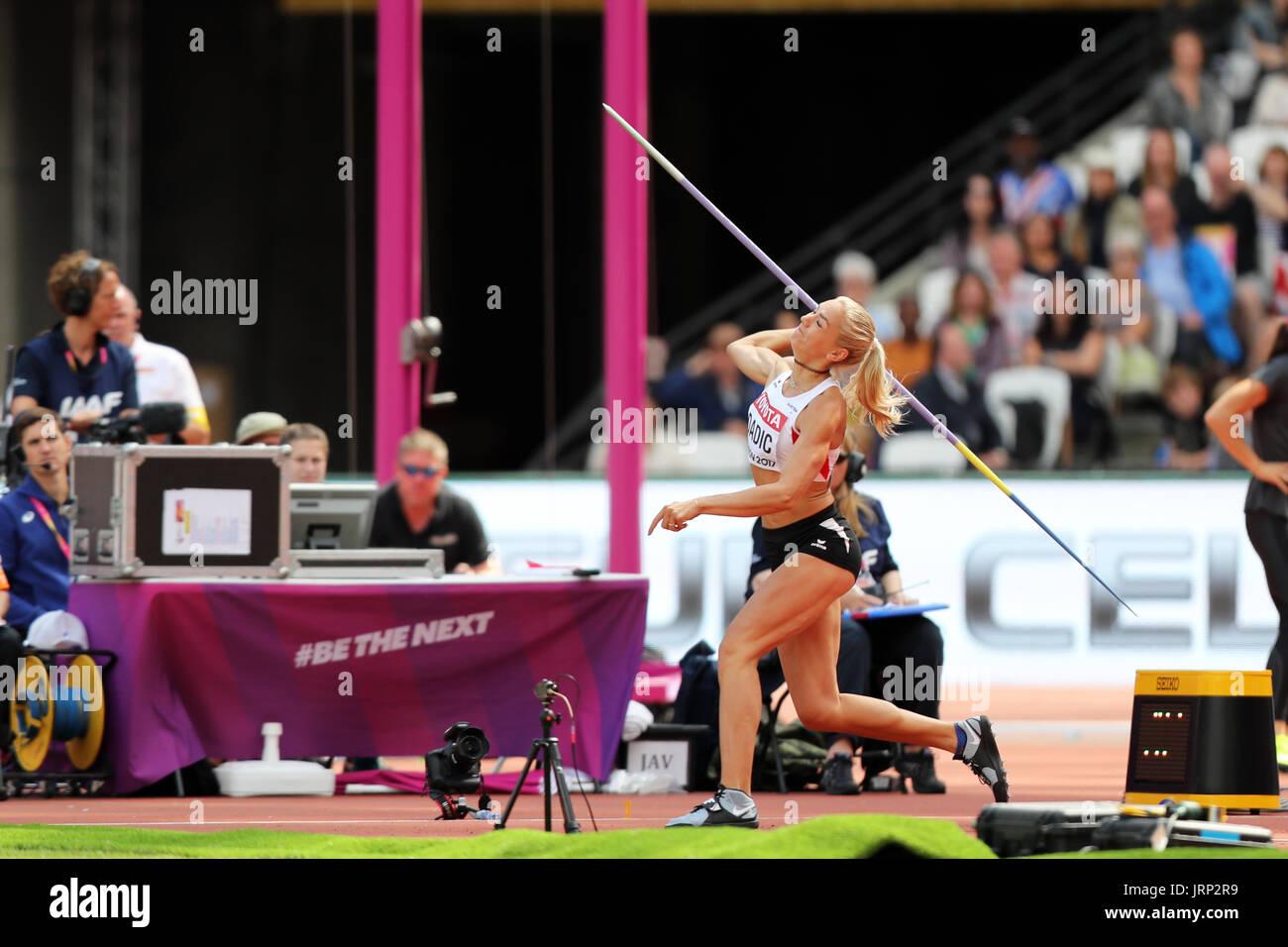 Londres, Reino Unido. 6 de agosto de 2017. Ivona DADIC de Austria competir en el Heptathlon Javelin throw en el 2017, Campeonatos Mundiales de la IAAF, Queen Elizabeth Olympic Park, Stratford, Londres, Reino Unido. Crédito: Simon Balson/Alamy Live News Foto de stock