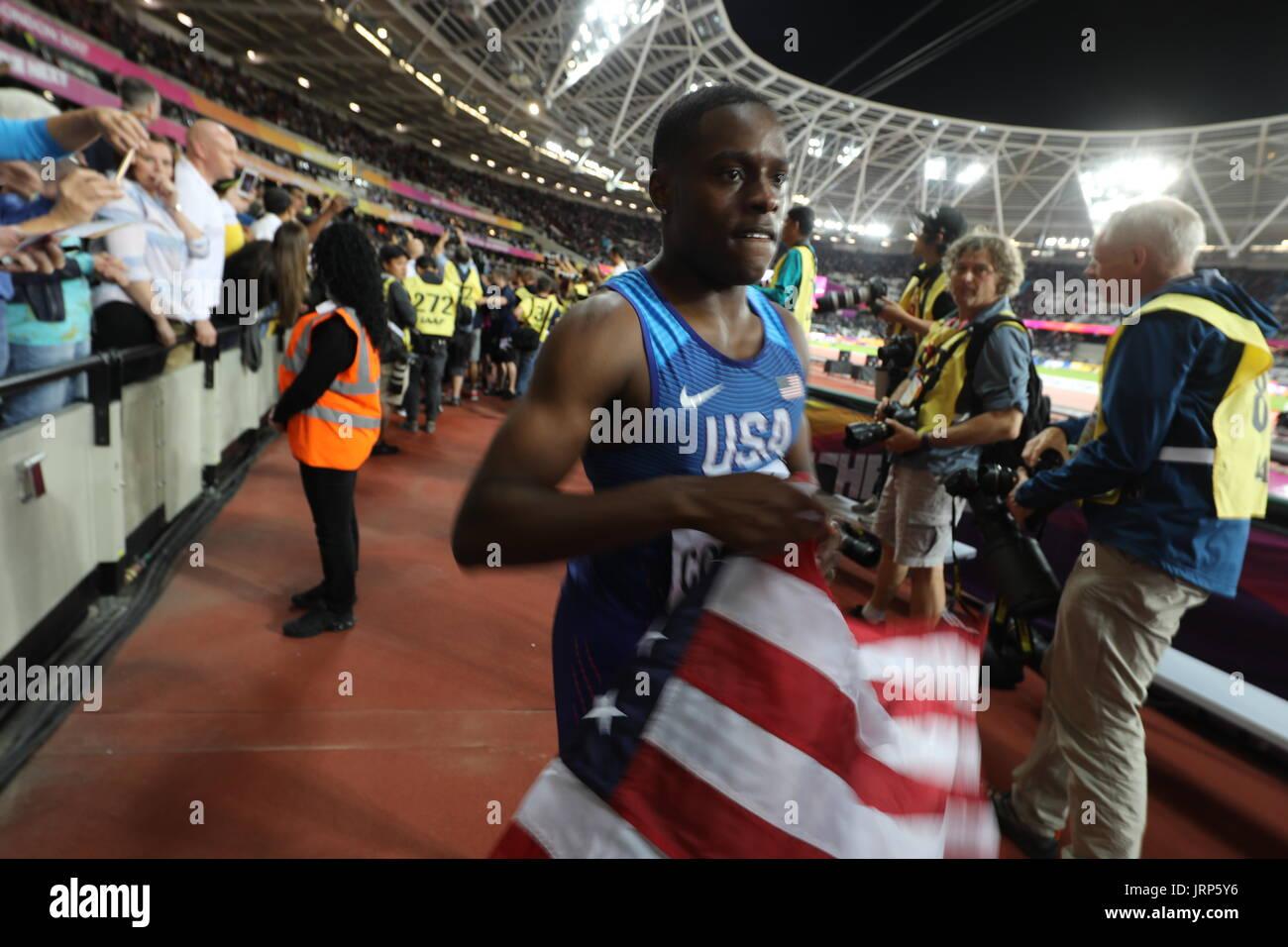Londres, Reino Unido. 5 ago, 2017. CHRISTIAN COLEMAN (EEUU), de 21 años, pasa casi desapercibida por los fans como reunir multitudes de perno. Coleman sólo golpearon su niñez héroe y acaba de ganar medalla de plata en los 100m del mens durante la final de Londres 2017 Campeonato de Mundo de Atletismo de la IAAF en Queen Elizabeth Olympic Park en el segundo día del evento deportivo más importante de 2017. Crédito: Scott Mc Kiernan/Zuma alambre/Alamy Live News Foto de stock