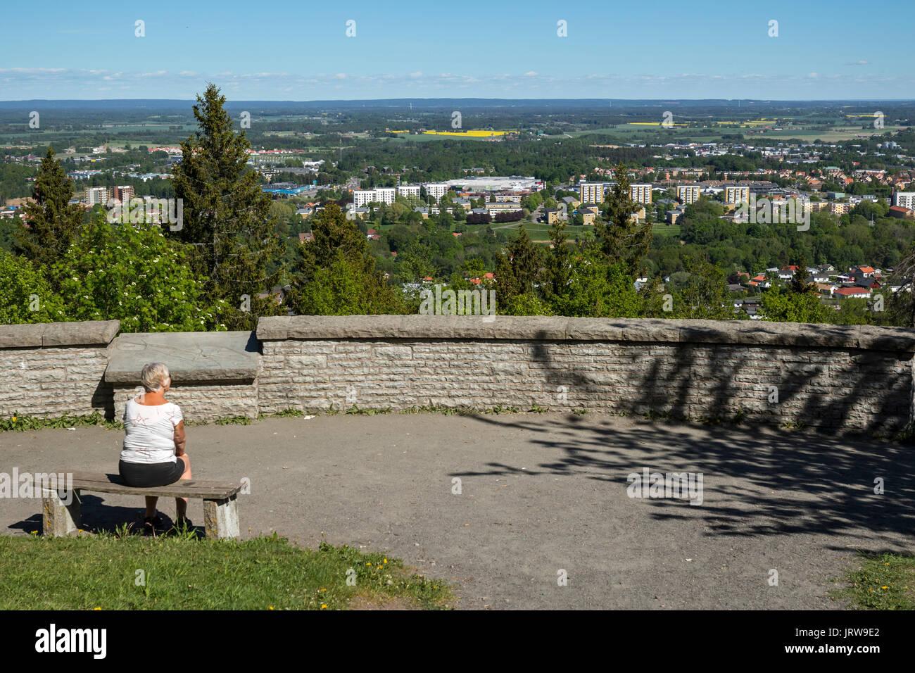 Vista desde el punto de vista Billingen, Table Mountain, Skövde, Västergötland, Suecia Foto de stock