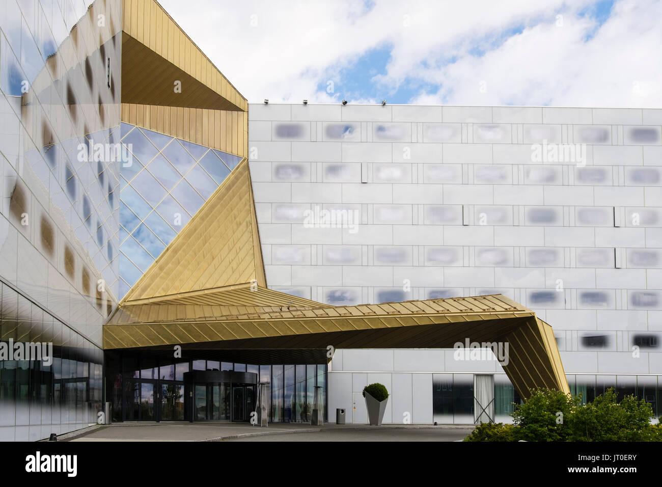 Arquitectura contemporánea en el Clarion Hotel y el Congreso edificio puerta de entrada principal. Trondheim, Sør Foto de stock