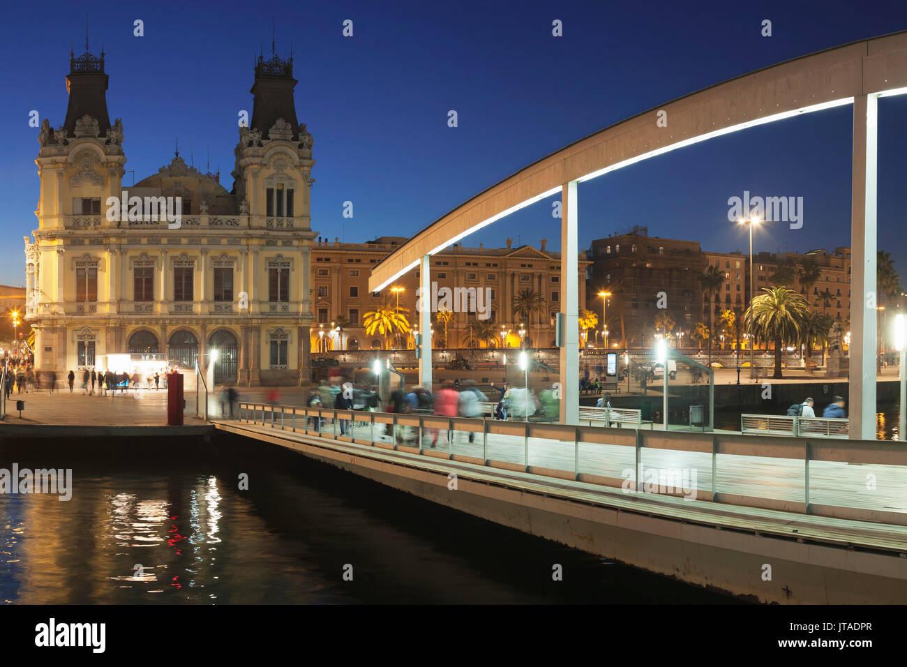 La rambla del Mar en el Port Vell, Barcelona, Cataluña, España y Europa Imagen De Stock