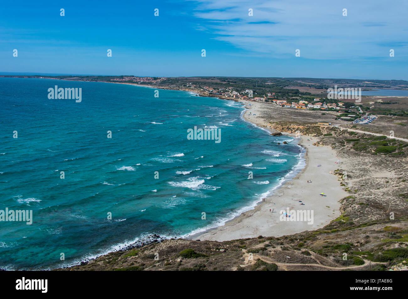 Vista sobre la playa de Cap San Marco, San Giovanni di Sinis, Cerdeña, Italia, Mediterráneo, Europa Imagen De Stock