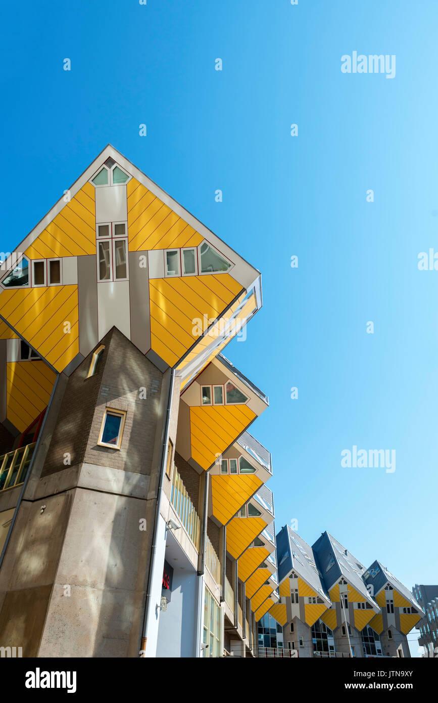 Casas cubo (Kubuswoningen), Blaak, Rotterdam, Países Bajos Imagen De Stock