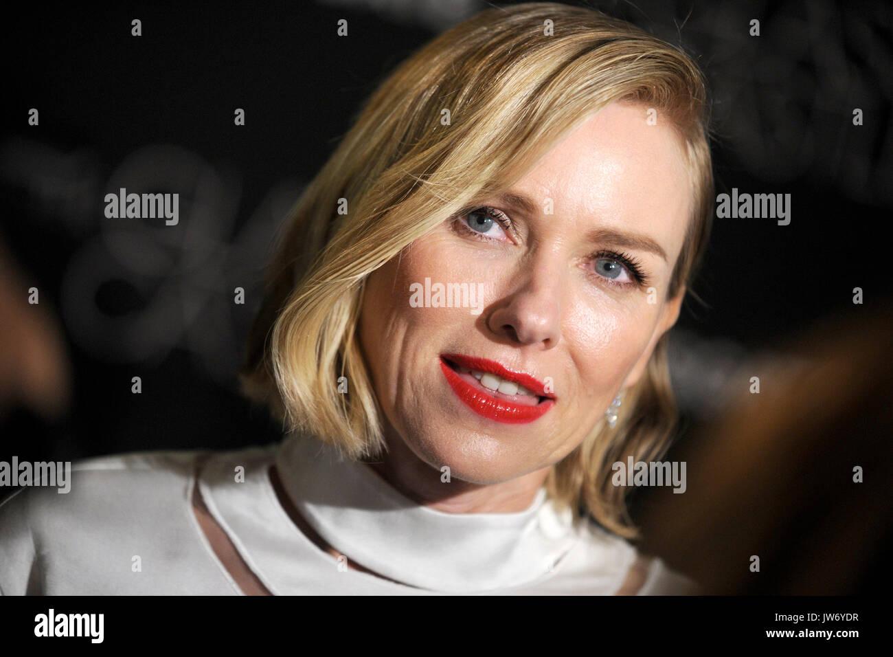 """Naomi Watts atiende """"el castillo de cristal"""" se proyectará en Nueva York sva theater el 9 de agosto de 2017 en la ciudad de Nueva York. Imagen De Stock"""