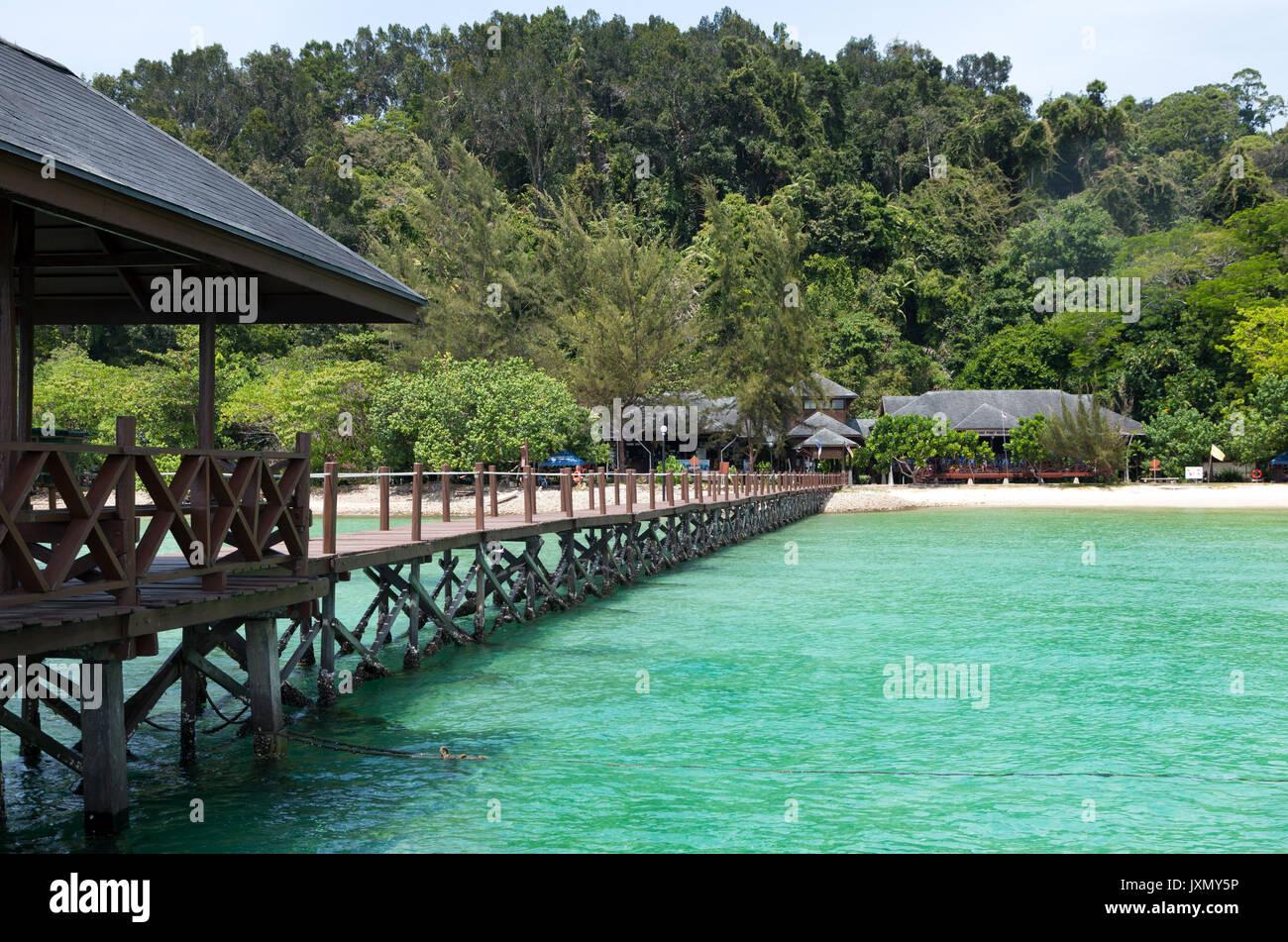 Jetty en Pulau Gaya, Parque Nacional Tunku Abdul Rahman, Kota Kinabalu, Sabah, Malasia Imagen De Stock