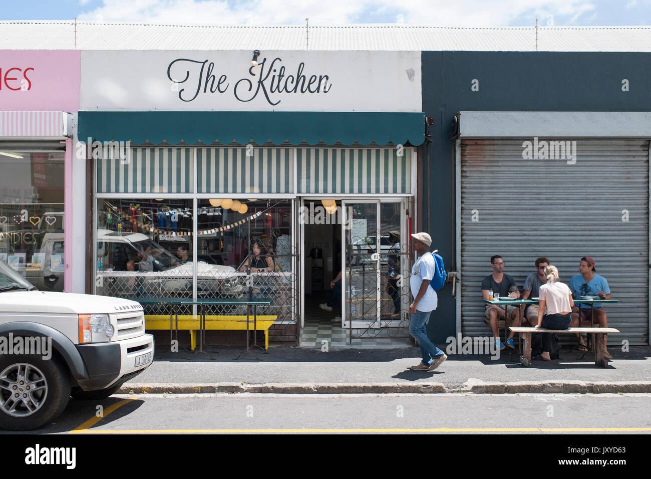 La cocina, con café y comida para llevar en Woodstock, Cape Town. Imagen De Stock