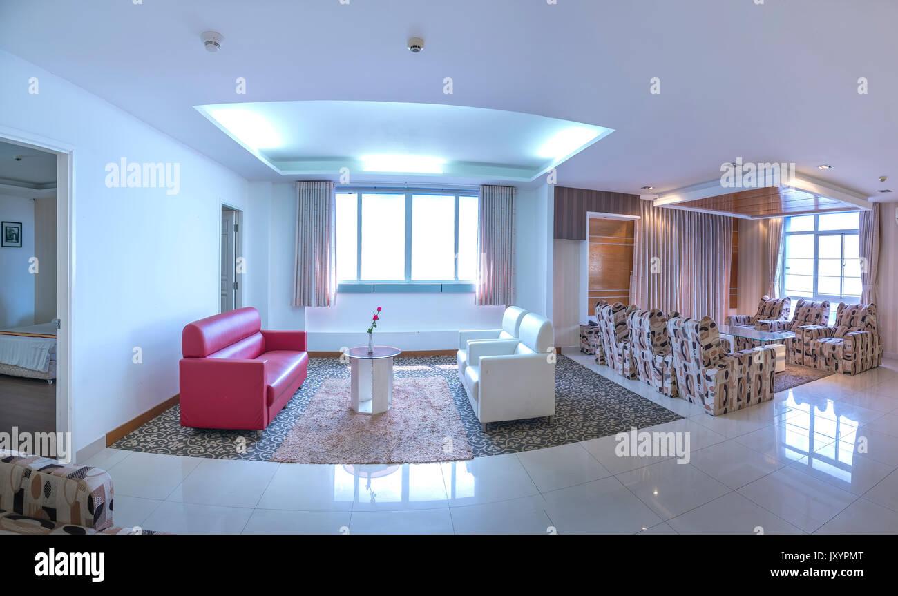 Salon Comedor Grande.Apartamento De Estilo Moderno Combina El Salon El Comedor