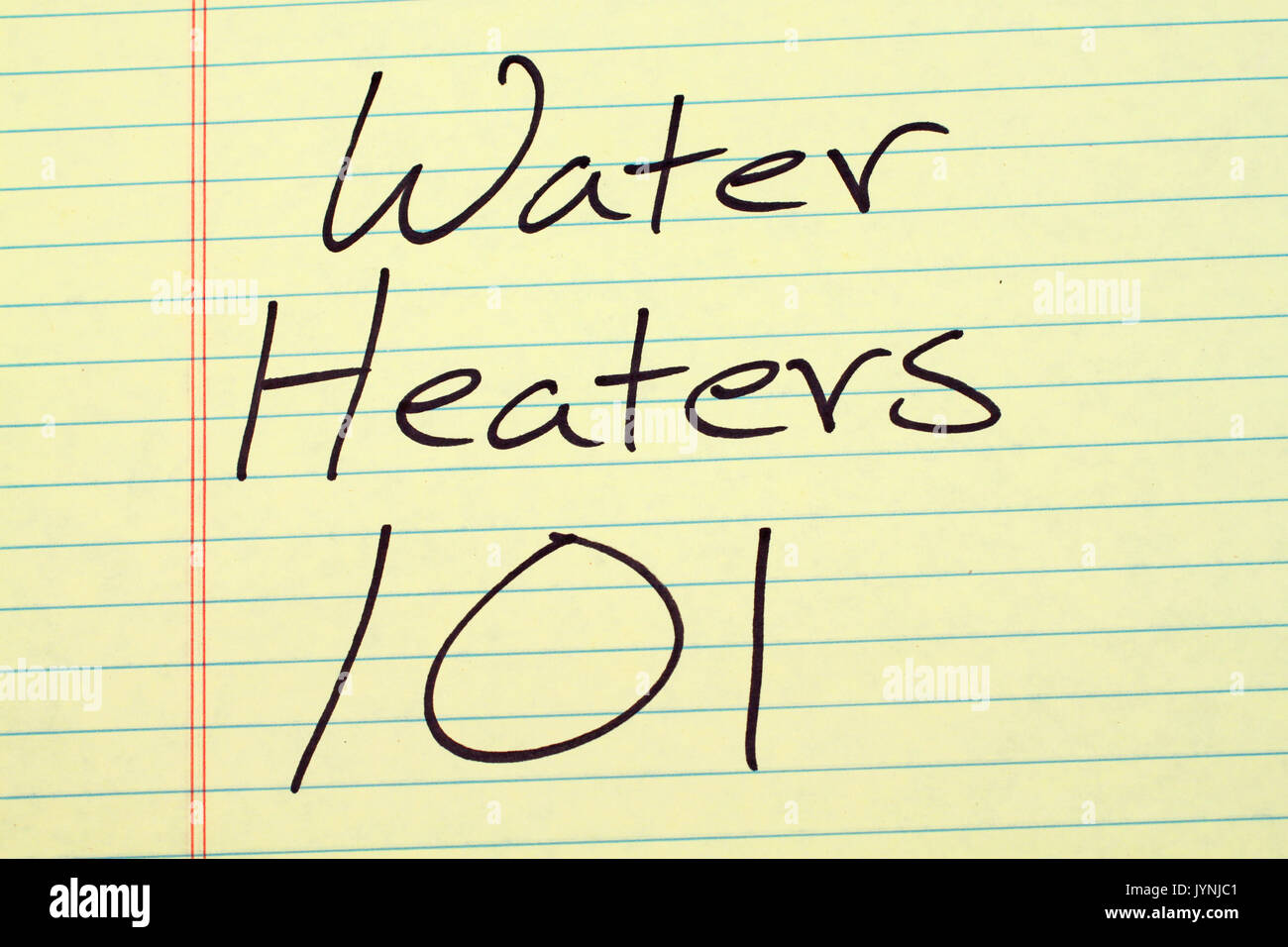 "Las palabras ""calentadores de agua 101' en un bloc de notas de papel amarillo Imagen De Stock"