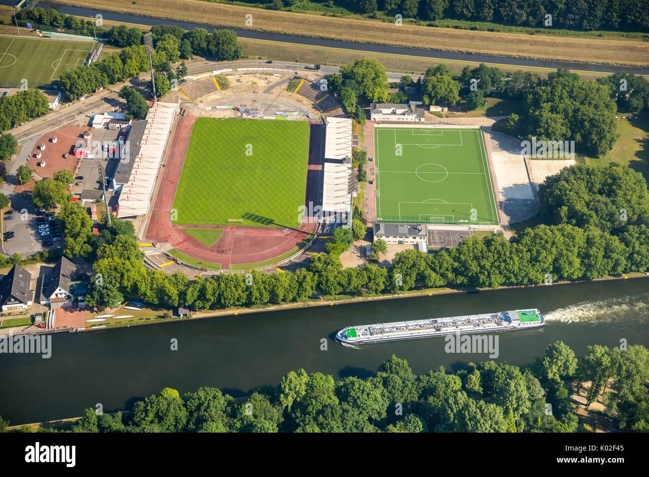 Stadion Niederrhein, nueva grada norte, centro deportivo y de ocio de SSB, zona norte de Emscher Stadiona, Oberhausen, área de Ruhr, Renania del Norte-Westfalia. Imagen De Stock