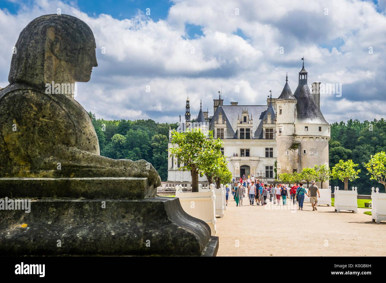 Francia, Indre-et-Loire departamento, Chenonceau, una esfinge que custodiaban la entrada al Château de Chenonceau, un gótico tardío del siglo XV y comienzos Renaissan Imagen De Stock
