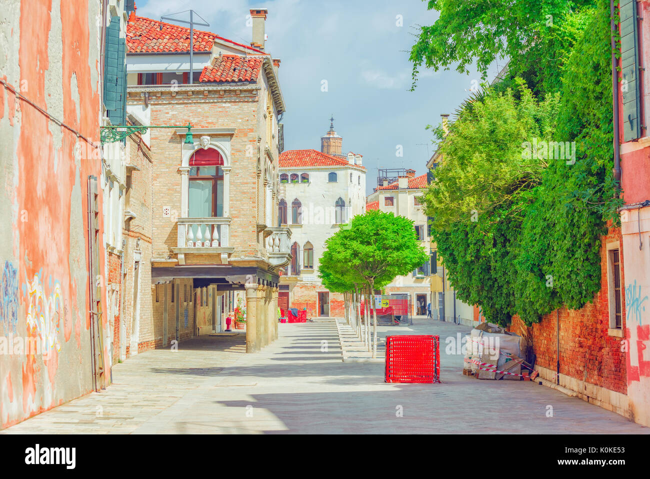 Vista de los lugares m s hermosos de venecia calles for Casas estrechas