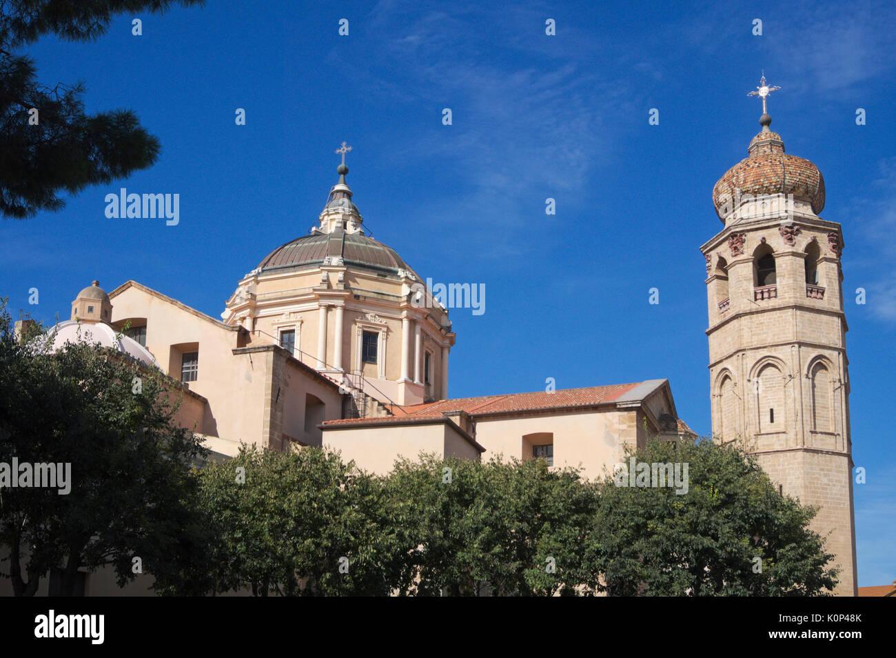 Santa María de la Asunción (Catedral de Santa Maria Assunta), Oristano, Cerdeña, Italia Foto de stock
