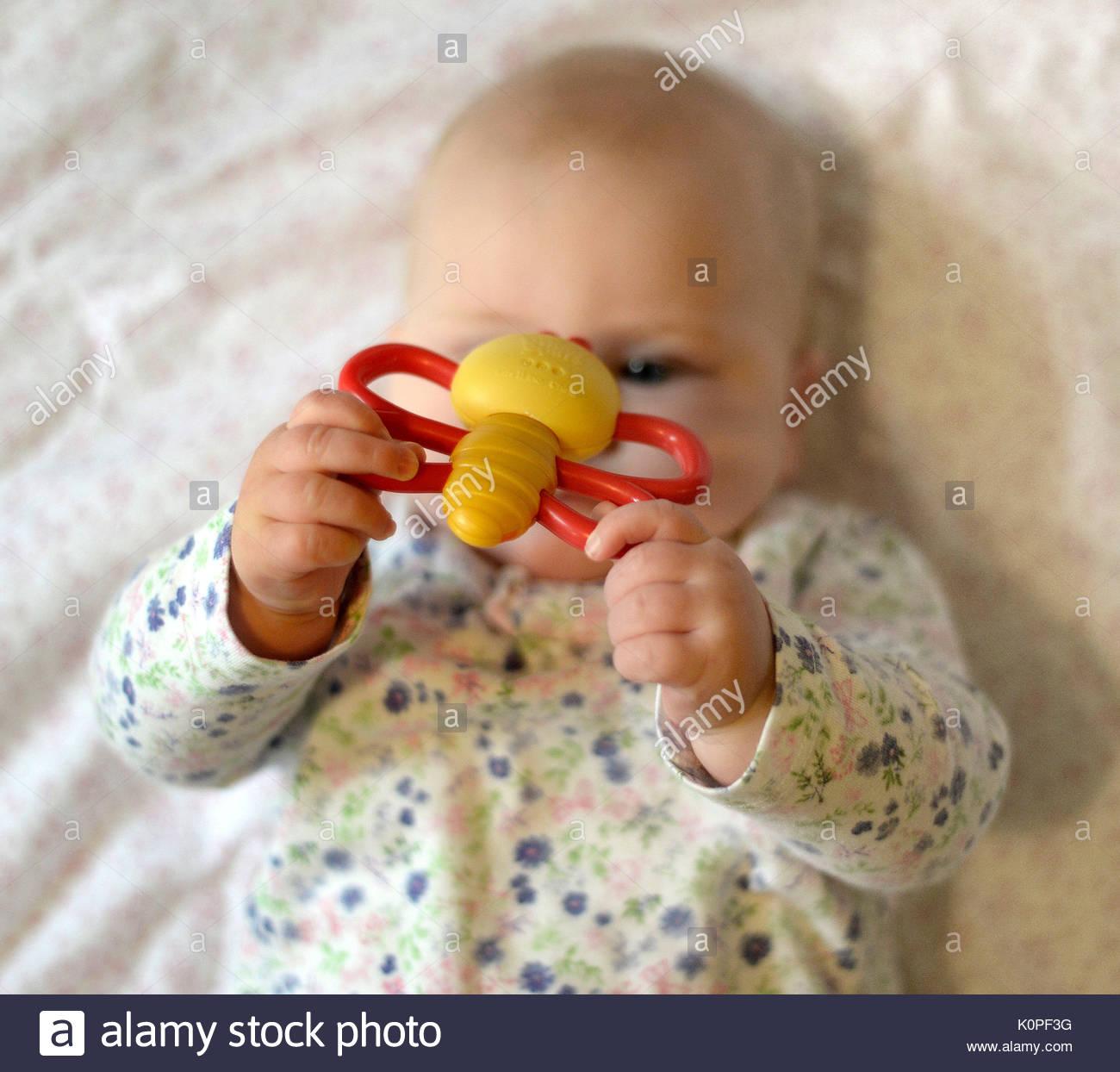 Imagen planteaba BNY MODELO Foto de archivo sin fecha de un bebé. Los ministros están considerando la posibilidad Foto de stock