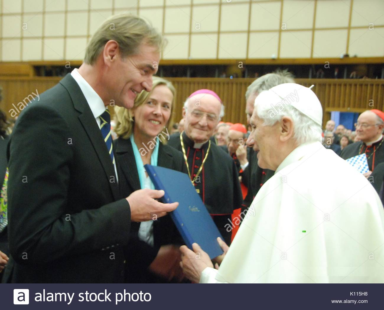 El Papa Benedicto Xvi Burkhard Jung Y Juliane Kirchner Jung El