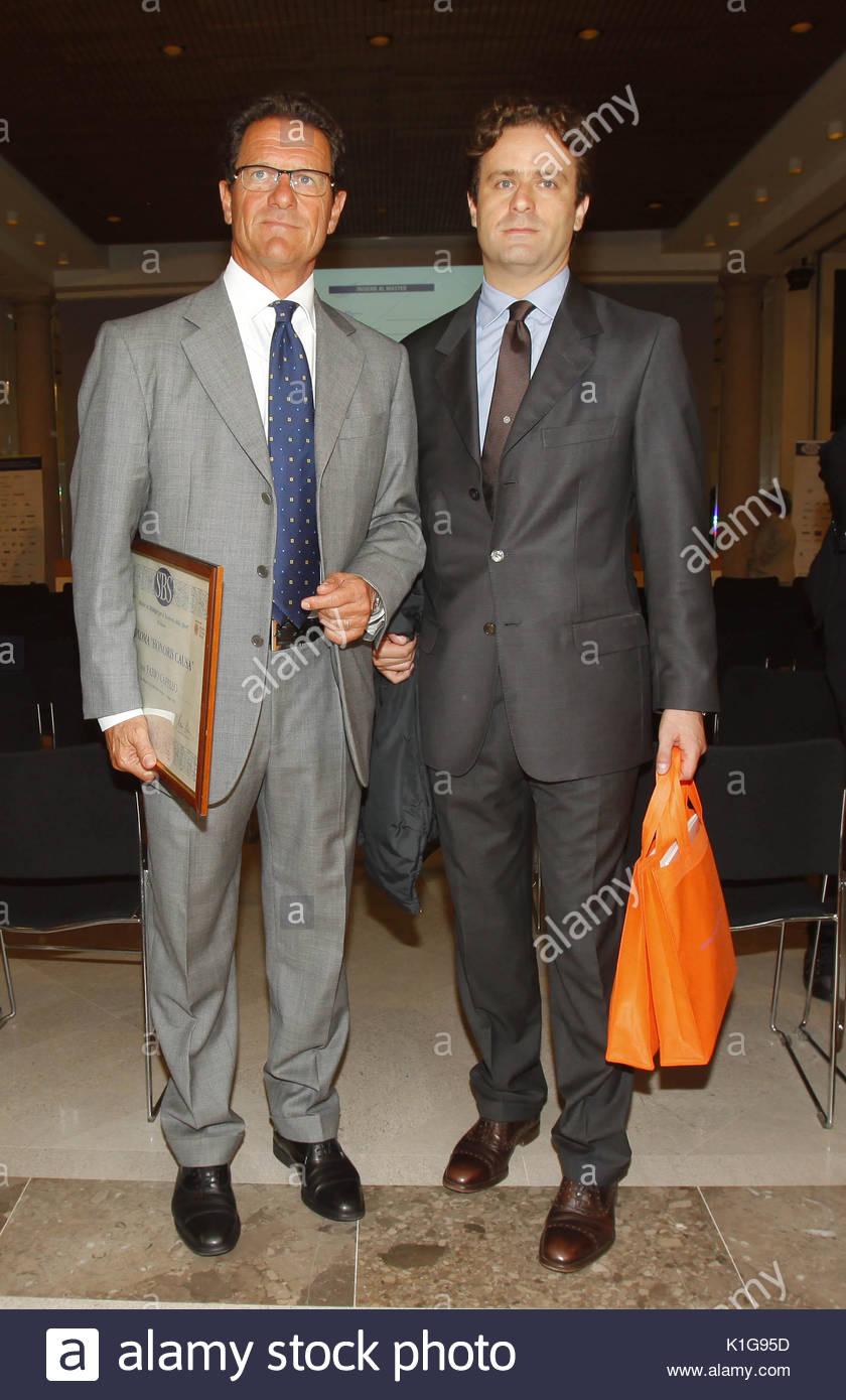 Fabio Capello y Pier Filippo Capello. Fabio Capello recibiendo los diplomas  universitarios en deportes estrategias de negocios en Milán. 3199790df2d3