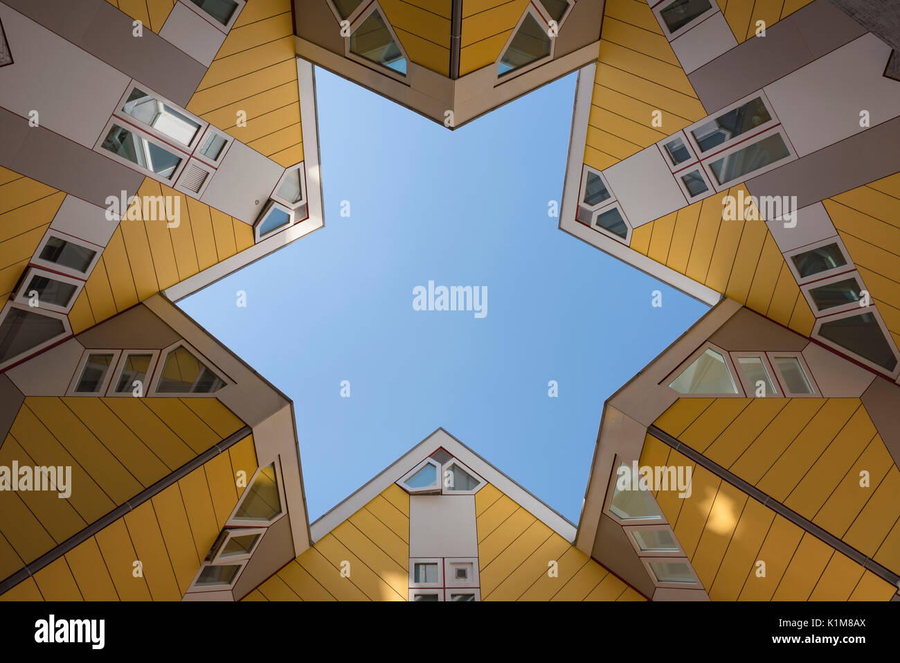 Casas cubo, cubo de la arquitectura, el arquitecto Piet Blom, Blaak, Rotterdam, Países Bajos Imagen De Stock