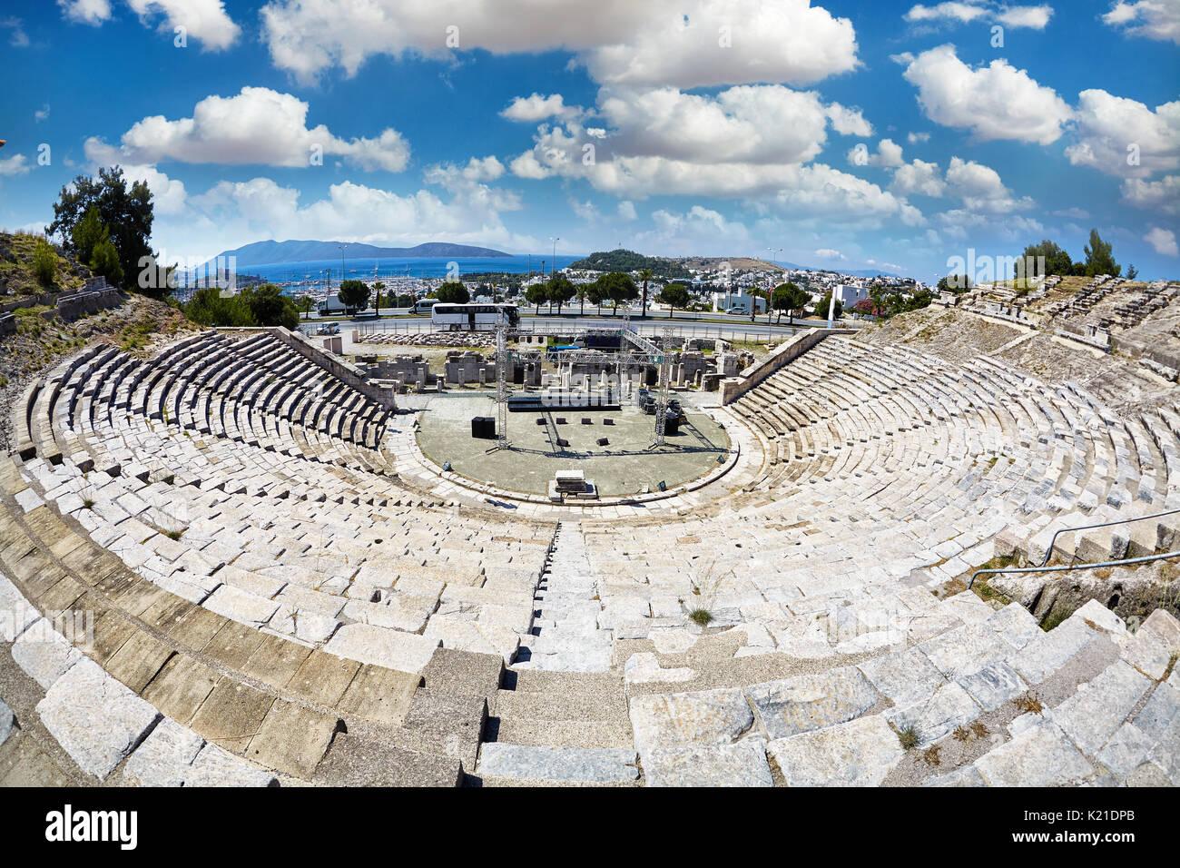 Ruinas de Bodrum teatro antiguo , halikarnassos antigua ciudad en Turquía Imagen De Stock