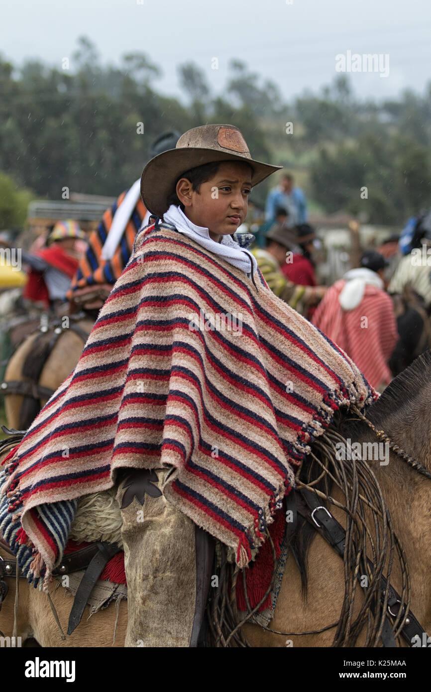 Boy In Poncho Imágenes De Stock   Boy In Poncho Fotos De Stock - Alamy f42c209dc88