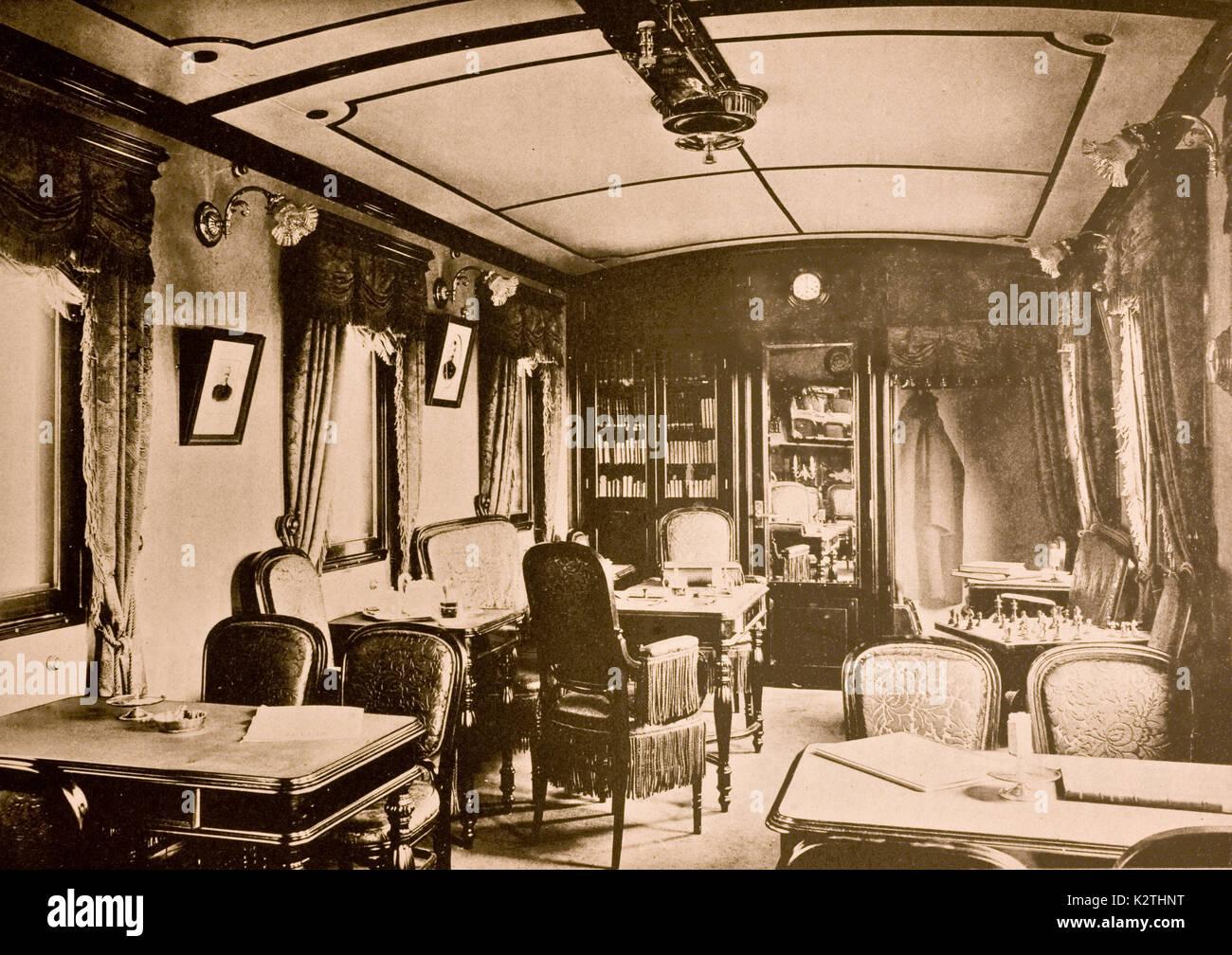 Rusia a principios de los '900 Hall del Transiberiano tren siberiano habitación de las conversaciones Foto de stock