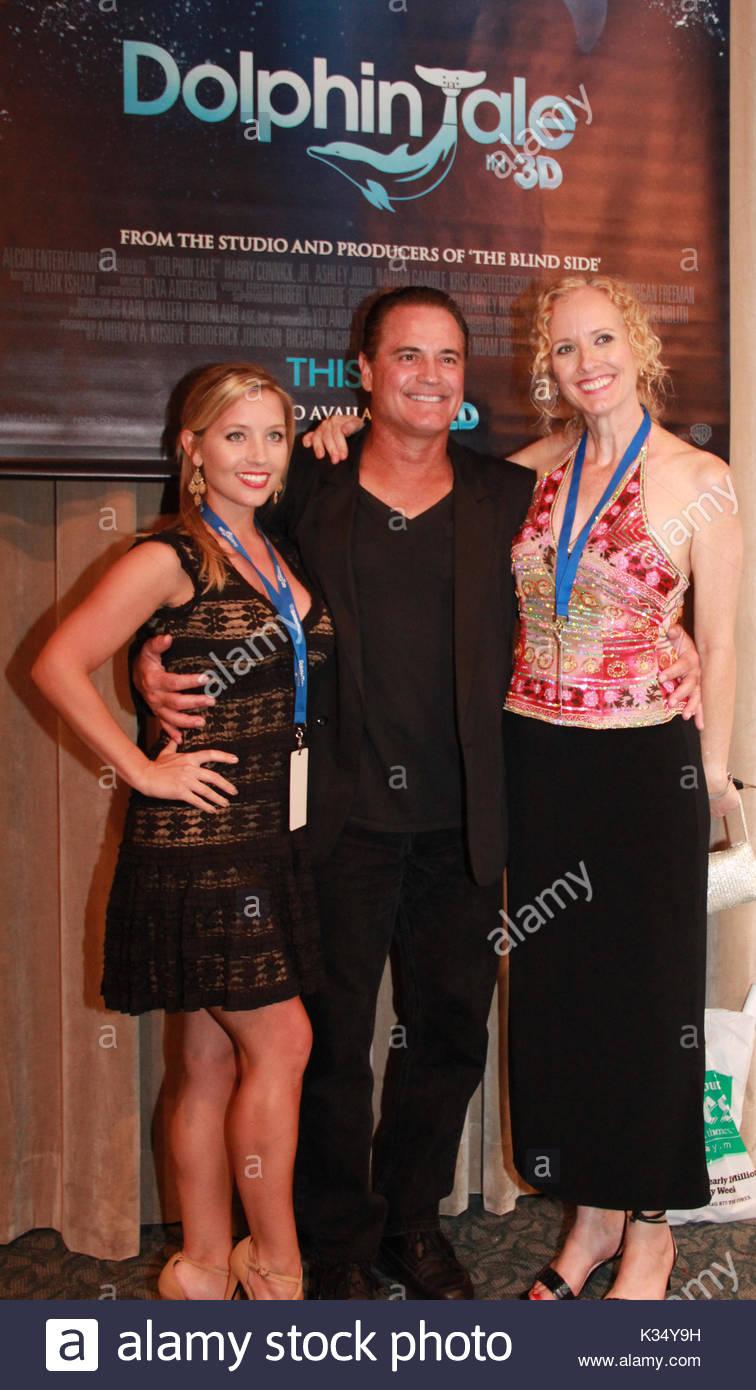 Tyron Leitso Hot pics & movies Janet Key,Martha Byrne