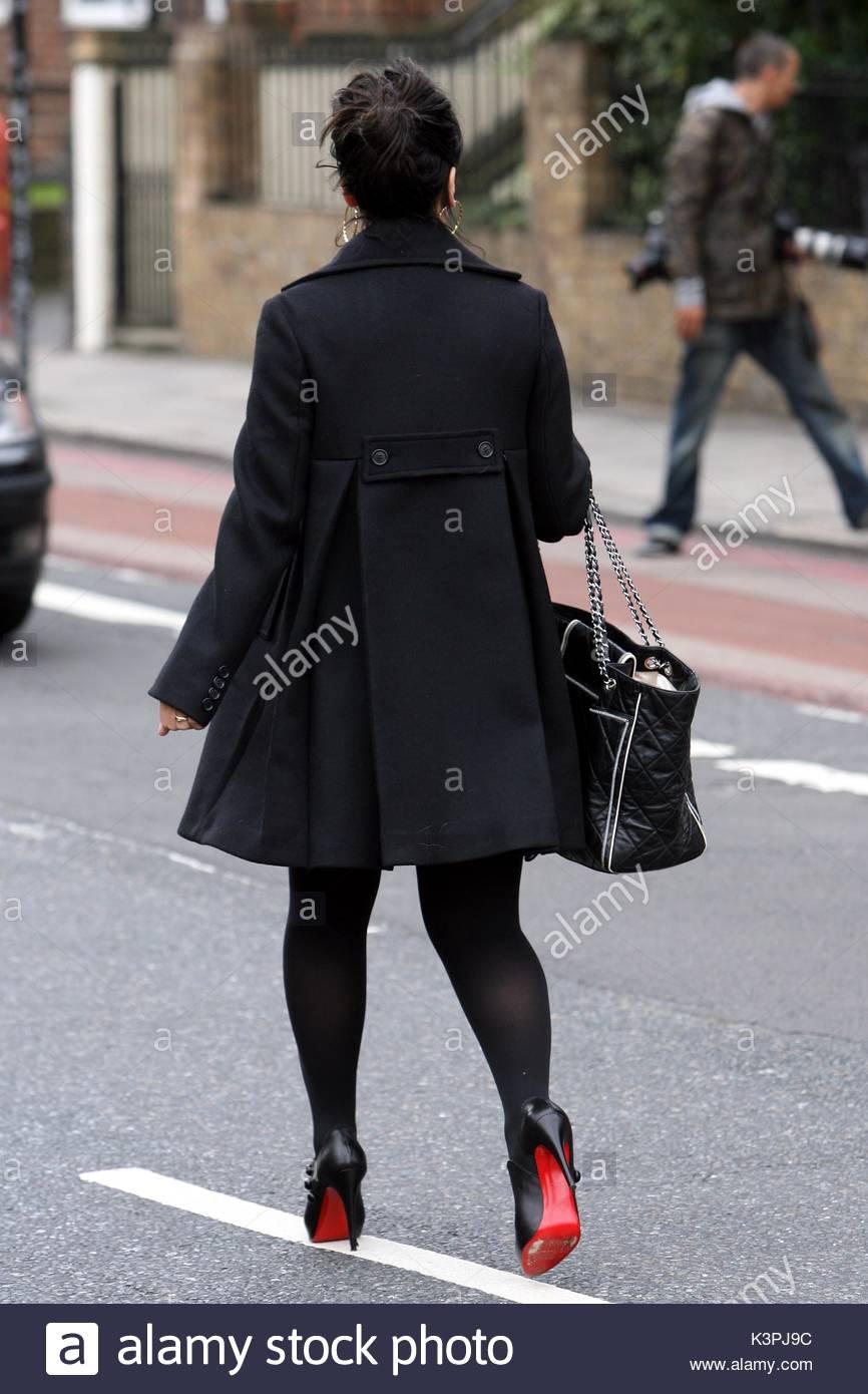 Vestido negro que maquillaje usar