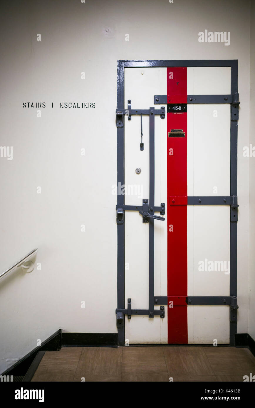 Canadá, Ontario, carpa, el diefenbunker, Museo canadiense de la guerra fría en el bunker subterráneo, pasillo interior Imagen De Stock