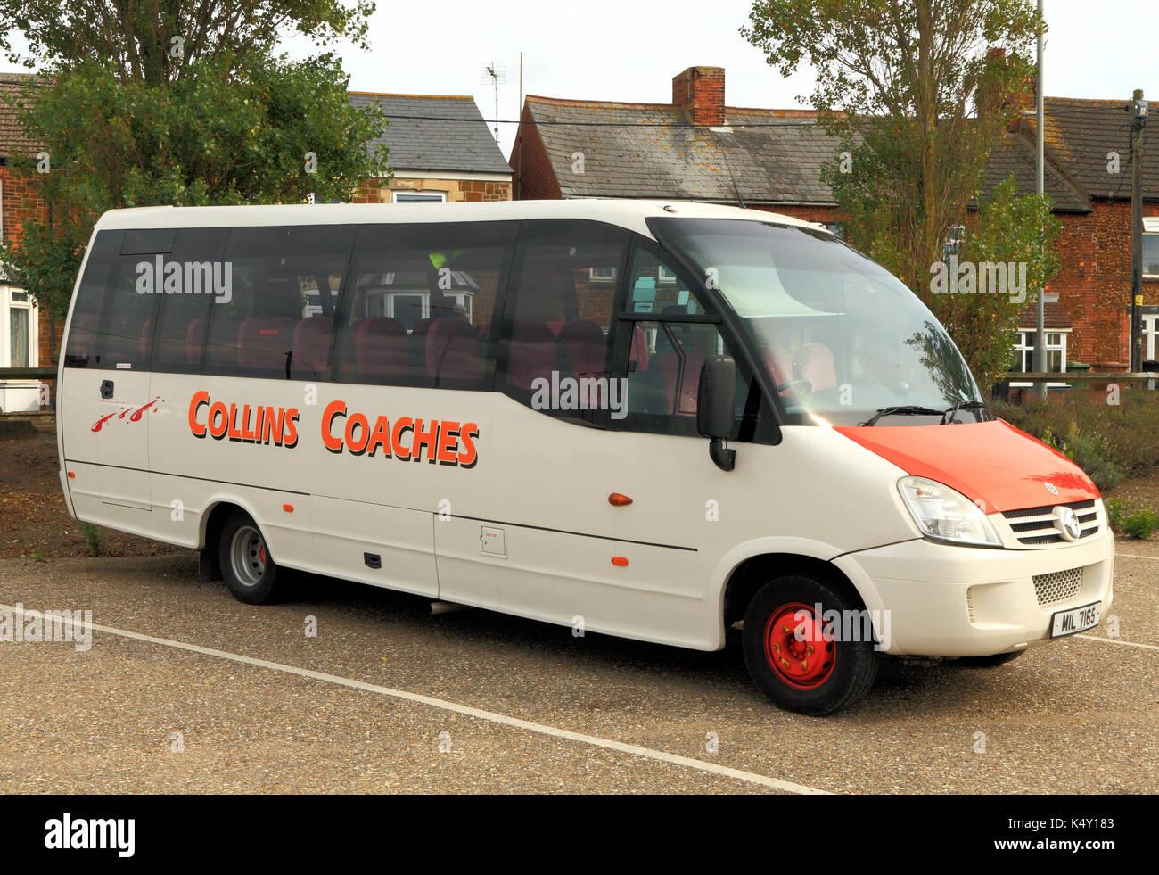 Collins entrenadores, entrenador, día de viaje, viajes, excursiones, excursiones, empresa de viajes, empresas de transporte, viajes. mini autobús, Inglaterra, Reino Unido. Imagen De Stock