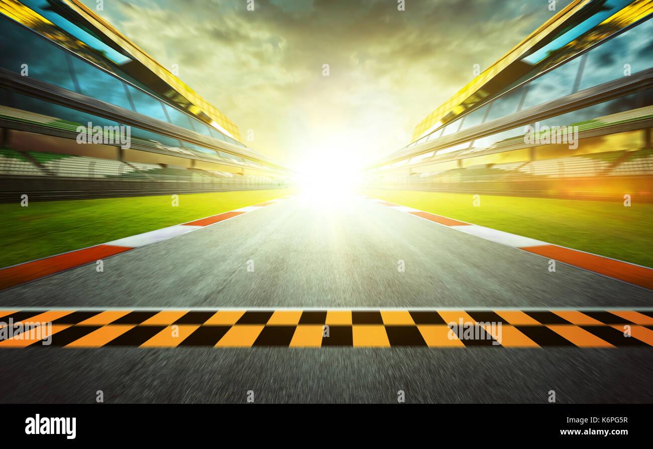 Vista del infinito vacío asfalto pista internacional inicio o fin de línea, efecto borroso de movimiento. Imagen De Stock